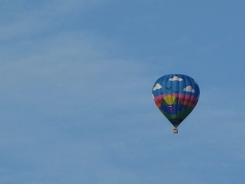 Mystery Balloon (photo by Rob Hardy)